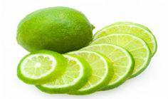 Beneficios de beber água com limão