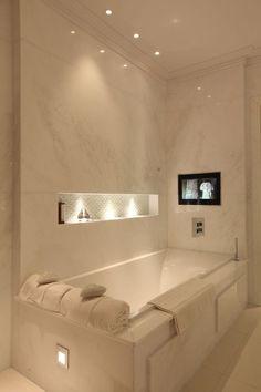 Bathroom Lighting Design, Modern Bathroom Decor, Bathroom Interior Design, Shower Lighting, Bathroom Designs, Interior Lighting Design, Cool Bathroom Ideas, Scandinavian Bathroom, Bathroom Inspiration