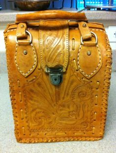 Beautiful Vintage Hand Tooled Leather Bag - Canoa