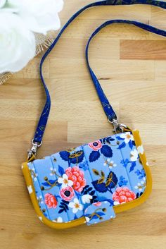 The Perfect DIY Wallet - Free Sewing Pattern!