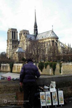 Notre Dame, Barcelona Cathedral, Paris, Building, Travel, France, Voyage, Montmartre Paris, Buildings