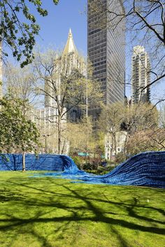1.4 Million Feet of Colorful Rope Transforms Madison Square Park - My Modern Metropolis