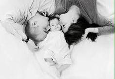 「家族写真 赤ちゃん」の画像検索結果