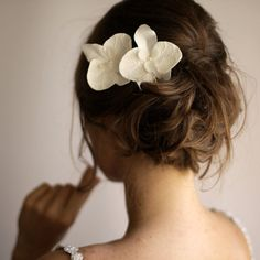 Set of 2 Orchid Hair Flowers - Orchid Hair Pin - Bridal Hair Flower - Lace Hair Piece - Ivory on Etsy, $40.40 CAD