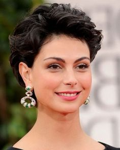 short hairstyles for women over 40..,,