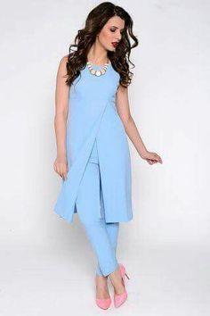 Tunic and pant suit Fashion Pants, Hijab Fashion, Fashion Dresses, African Fashion, Indian Fashion, Looks Plus Size, Kurta Designs, Mode Hijab, Dresscode