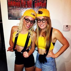 Minion halloween costume (: