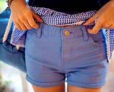 Today's Hot Pick :❉时尚款❉紧致提臀塑型修身百搭短裤 http://fashionstylep.com/P0000OLP/chuukr/out 人气款修身包臀可爱小脚裤,夏日帮你把美带回家哦!~ 紧致挺括塑身包臀设计, 清爽精致展现完美曲线~ 挺括有型的腰身设计, 低调演绎夏日浪漫风情~ 搭配YY无忧愁轻松展现百变腰身哦!~ -纯色 -静版 -包臀 -时尚款
