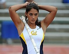 Allison Rebecca Stokke: American track and field athlete and fitness model. Michelle Jenneke, Michelle Lewin, Sydney Leroux, Beautiful Athletes, Pole Vault, Sexy, Wwe Womens, Sporty Girls, Sports Stars
