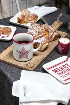 Малое блюдо, керамика: Маленькое квадратное керамическое блюдо с рождественским принтом. Размер 2x13x13 см.