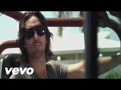 Music video by Jake Owen performing The One That Got Away. (C) 2012 Sony Music Entertainment
