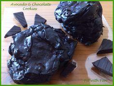 ☼ Buongiornissimooooo ☼ Cookies Light Avocado e Doppio Cioccolato – Double Chocolate & Avocado Light Cookies ♥ Il Peccato sarebbe non farli ♥ (con variante alla banana e vegana) http://fitwithfun.altervista.org/cookies-light-doppio-cioccolato-double-chocolate-cookies/ Cal: 45 ◄VISITA IL SITO PER ALTRE RICETTE SEMPLICI, LIGHT E NUTRIENTI!► http://fitwithfun.altervista.org/tartufini-cocco-e-cioccolato/