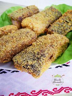Peşte prăjit în crustă de mălai Romanian Food, Cornbread, Banana Bread, Low Carb, Cooking Recipes, Ethnic Recipes, Desserts, Minute, Mariana