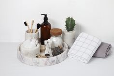 The Marble Basics Big Basic Round Tray can sit on a dining room table, outdoors or on top of a coffee table. It has endless opportunities within the home. It can be stacked with the Marble Basics Baby Basic Round Tray to create a layered, as well as funct Bathroom Counter Decor, Bathroom Styling, Bathroom Organization, Bathroom Interior, Small Bathroom, Dream Bathrooms, Makeup Organization, Bathroom Trays, Boho Bathroom