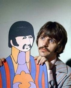 The birth on this day July, 1940 of Richard Starkey, Ringo Starr, drummer with the Beatles. Happy Birthday R Ringo Starr, Les Beatles, Beatles Art, Beatles Poster, Beatles Photos, George Harrison, Love Me Do, Peace And Love, John Lennon
