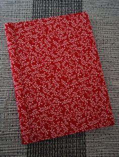 Almofada d'Alfazema: Esta semana é dedicada aos cadernos forrados a tec...
