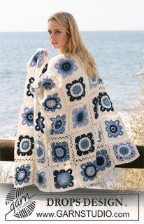 """Seaside Blues - DROPS blanket crochet in squares in """"Karisma"""". - Free pattern by DROPS Design"""