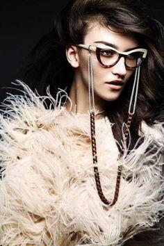 lunette tendance, comment choisir ses lunettes, monture en marron et blanc,  lunette papillon 6fdc39d574b3