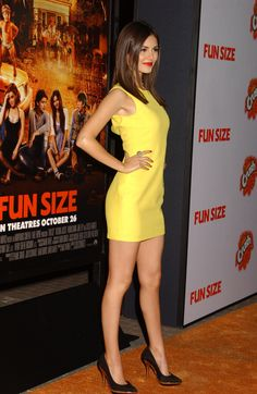Victoria Justice is a beautiful American actress and singer. Explore 62 lovely Victoria Justice photos and wallpapers collected from social media sites. Victoria Justice, Beautiful Celebrities, Gorgeous Women, Beautiful Legs, Stunningly Beautiful, Beautiful Beach, Sexy Dresses, Stunning Dresses, Vicky Justice