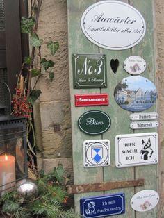 Unsere stimmungsvolle Infotafel am Eingang zum SchauRaum.