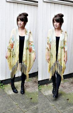 FRINGE KIMONO JACKET// boho kimono,fringe kimono,handmade kimono duster,floral oriental print,one size fits most