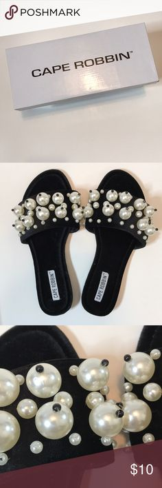 Cape Robin Pearl Velvet Sandals Like new, just tried on. I'd recommend to someone with a wider foot/higher arch because mine just slip through. Also the beads are a little loose so they make noise when you walk. Any questions, let me know!🛍💕 CAPE ROBBIN Shoes Sandals