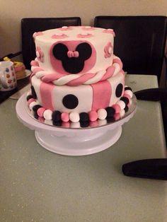 Bolo, bolo de menina, minie mouse, minie, caje, festa, party