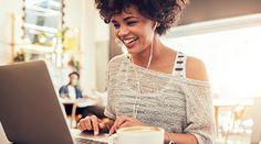 O que as mulheres assistem no YouTube vai muito além dos universos de beleza e maternidade: empreendedorismo, educação e empoderamento são assuntos que, cada vez mais, despertam seu interesse e prendem sua atenção. Em homenagem ao Dia Internacional da Mulher, Kate Stanford, Diretora de Marketing e Publicidade do YouTube, revela as principais tendências de consumo de conteúdo entre as mulheres em idade de trabalho e mostra como elas refletem uma evolução na direção do empoderamento feminino.