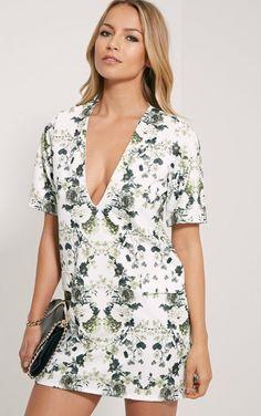 Raean Khaki Box Sleeve Shift Dress. | dresslover.co.uk