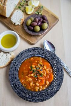 Fasolada- Grekisk soppa - ZEINAS KITCHEN