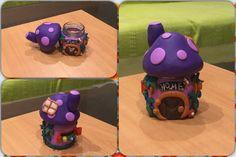 Fimo vase miniature mushroom house!