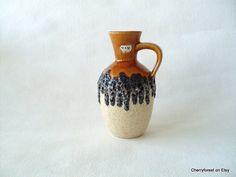 Bay Keramik vase 17cm £21