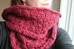 Ravelry: Sugar Pine Cowl pattern by Aimee Alexander Knit Cowl, Knitted Shawls, Knitting Accessories, Ravelry, Stitch Patterns, How To Memorize Things, Scarves, Crochet, Pine