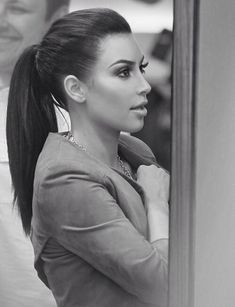 Kim Kardashian ponytail is fab!! I love it!Pinterest@Sagine_1992 Sagine☀️