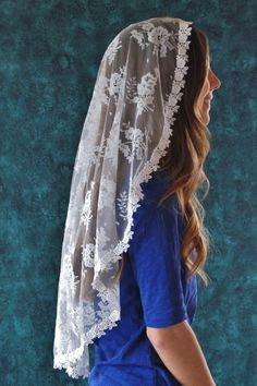 Clare - Cascading Chantilly Lace Mantilla - Veils by Lily