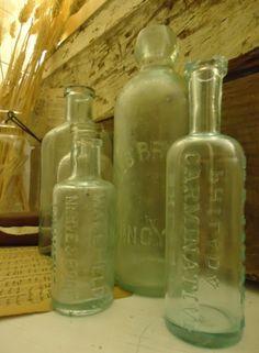Knick of Time: Building Walls Small Glass Bottles, Antique Glass Bottles, Glass Bottle Crafts, Apothecary Bottles, Vintage Bottles, Bottles And Jars, Vintage Glassware, Old Medicine Bottles, Bottles For Sale