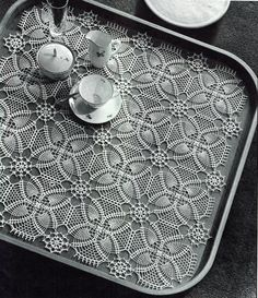 PDF Vintage 1950s Stunning Lacy Pineapple Tray Cloth Crochet