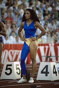 Another sporty look Flo Jo, Florence Griffith Joyner, Vintage Black Glamour, Sport Icon, Star Wars, My Black Is Beautiful, Black Girls Rock, African American Women, Women In History