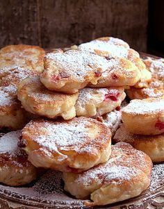 Yeast Pancakes with Apples and Cranberries Fruit Recipes, Sweet Recipes, Cooking Recipes, Just Desserts, Delicious Desserts, Polish Recipes, Polish Food, How Sweet Eats, Biscuits