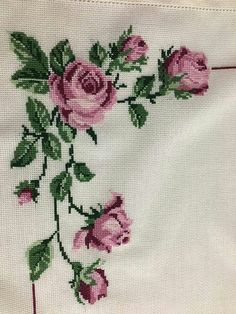 This Pin was discovered by Şen Cross Stitch Rose, Cross Stitch Borders, Cross Stitch Flowers, Cross Stitch Designs, Cross Stitching, Cross Patterns, Counted Cross Stitch Patterns, Cross Stitch Embroidery, Embroidery Kits
