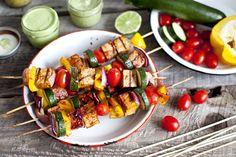 Brochettes de tofu mariné et légumes grillés   Recette