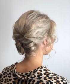 #hair #hairstyle #haircut #hairstyles #haircolor #hairdresser #haircolorist #hairstylist #hairart #hairdo #hairgoals #haircare #hairtutorial #haircuts #hairtransformation #hairfashion #hairpainting #hairvideo #hairdressing #hairideas #hairdye Hair Color Balayage, Haircolor, Destination Wedding, Wedding Venues, Elephant Wedding, Wedding Thank You Cards, Minimalist Wedding, Dream Wedding Dresses, Wedding Nails