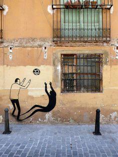 Street artist and illustrator Escif from Spain, makes really cool graffiti works, which slightly remind classic graffiti techniques. More graffiti. 3d Street Art, Street Art Graffiti, Street Artists, Soccer Art, Football Art, Football Design, Valencia, Best Graffiti, Graffiti Artwork