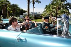 Coachella Weekend Day 1 Photos: Shirtless Dudes, Sombreros, and A Giant Snail: LAist