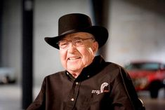 Google Image Result for Automotive legend Carrol Shelby -- who's name has become synonymous with the fastest and most powerful Ford Mustangs ever created -- has died at the age 89.  In what can only be described as sad day for friends, family, and fans the world over, automotive legend Carroll Shelby has died at the age of 89.