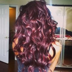 This hair color is perfect! Ahh Miss my violet-red hair!!!
