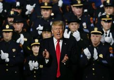 "Trump'tan polislere: Kibar olmayın ""Trump'tan polislere: Kibar olmayın""  https://yoogbe.com/dunya/trumptan-polislere-kibar-olmayin/"