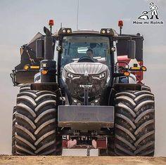 Source by nicenele Old John Deere Tractors, Big Tractors, Case Tractors, Vintage Tractors, Old Ford Trucks, Big Trucks, Pickup Trucks, Heavy Construction Equipment, Heavy Equipment