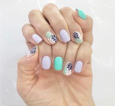 Are you looking for gel short nails for summer Check out these 21 nail design ideas with the best colors for summer and the best design elements that are simple and cute. Summer Gel Nails, Cute Gel Nails, Short Gel Nails, Simple Acrylic Nails, Short Nails Art, Simple Nails, Pretty Nails, Simple Nail Design, Acrylic Nail Designs For Summer