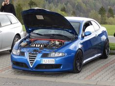 Alfa Alfa, Alfa Romeo Cars, Cars And Motorcycles, Luxury Cars, Classic Cars, Automobile, Garage, Simple, Dream Cars
